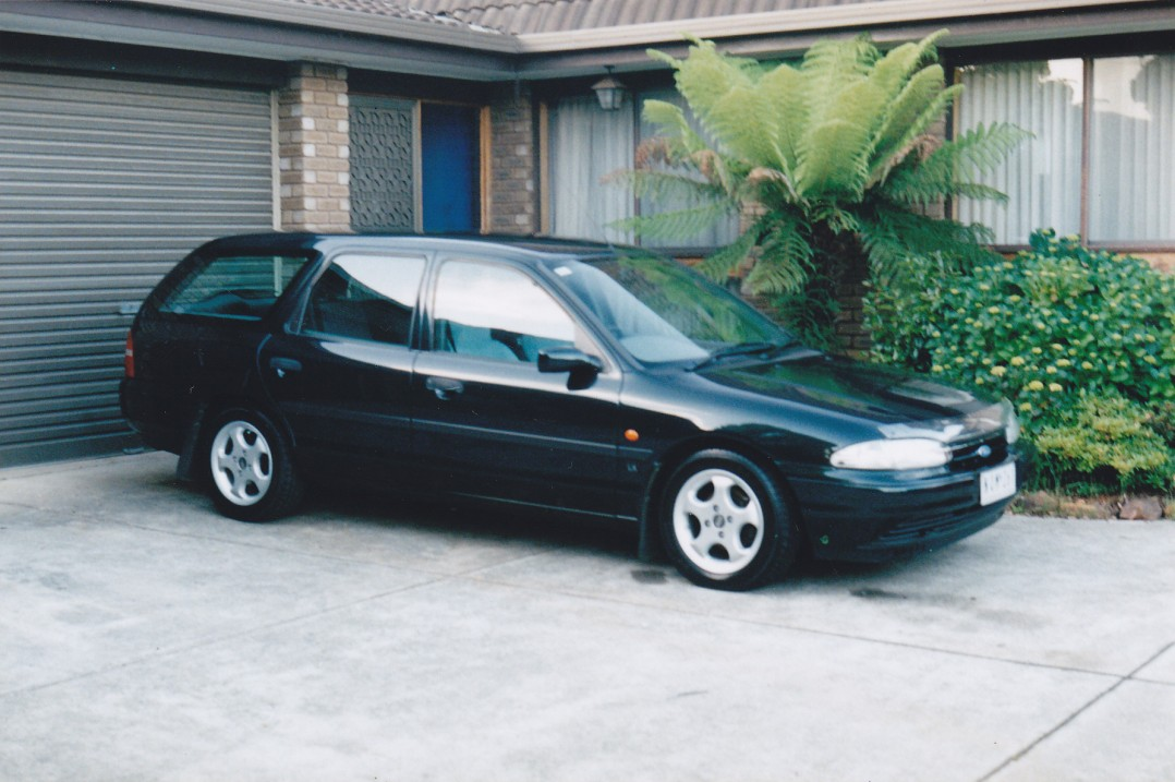 1995 ford mondeo lx brgmgb shannons club. Black Bedroom Furniture Sets. Home Design Ideas