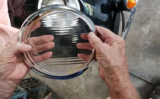 morris 8 series 3 headlight glass