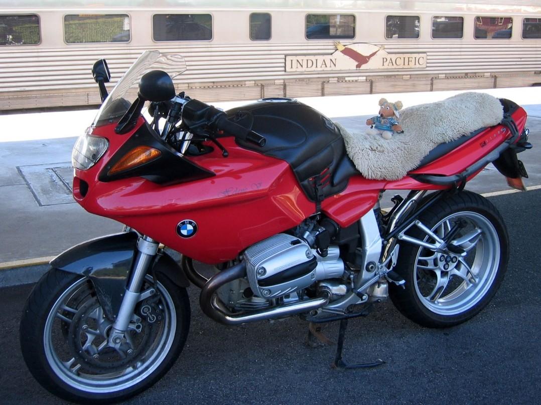 2000 BMW 1085cc R1100S