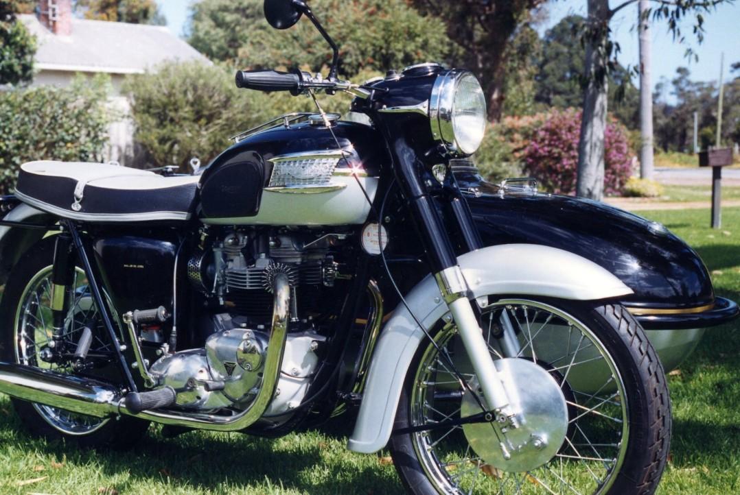 1964 Triumph with Watsonian Sidecar Thunderbird