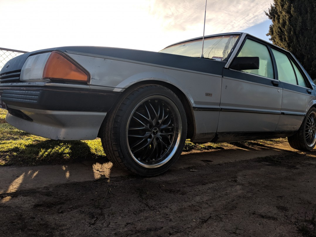 1984 Ford XE eclipse