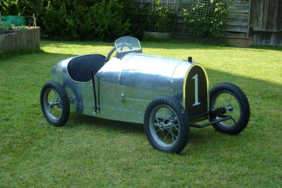 1935 Bugatti (replica) kids car Type 35