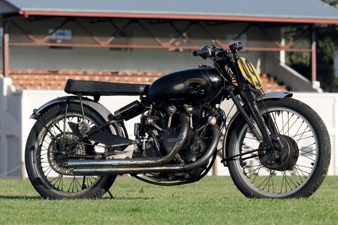 1949 Vincent Black Lightening