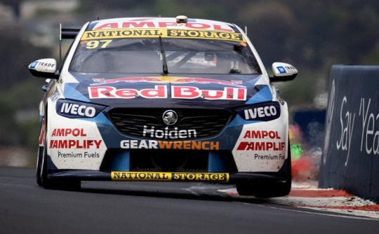 Ford versus Holden in the Bathurst 1000