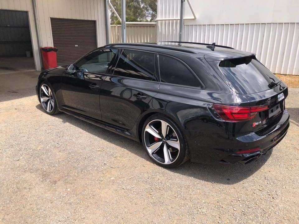 2018 Audi RS4 AVANT QUATTRO