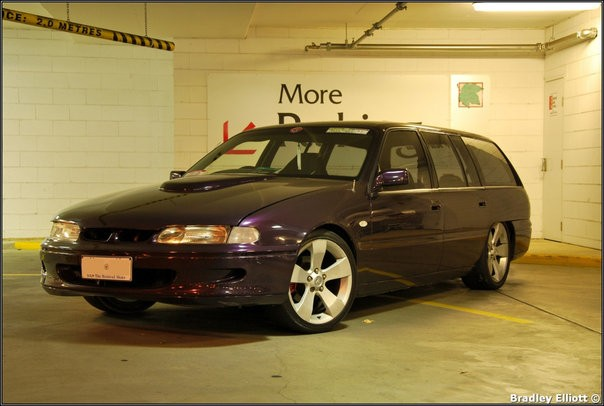 1994 Holden COMMODORE