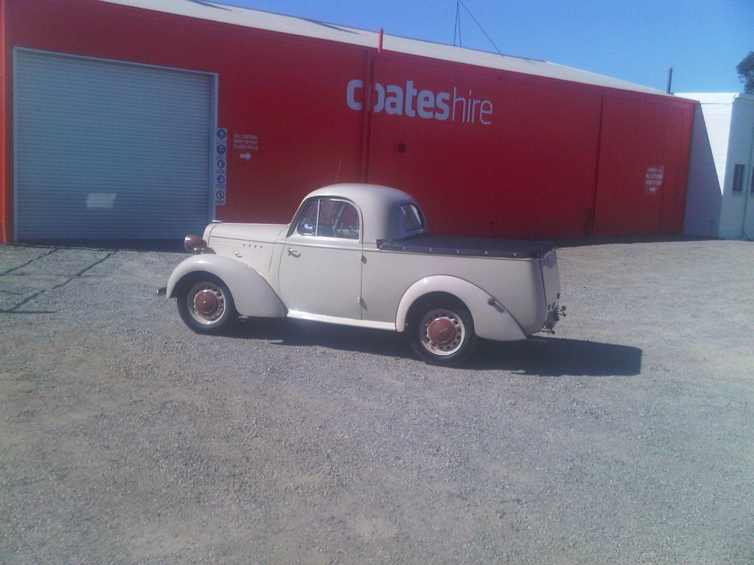 1948 Bedford ute hc