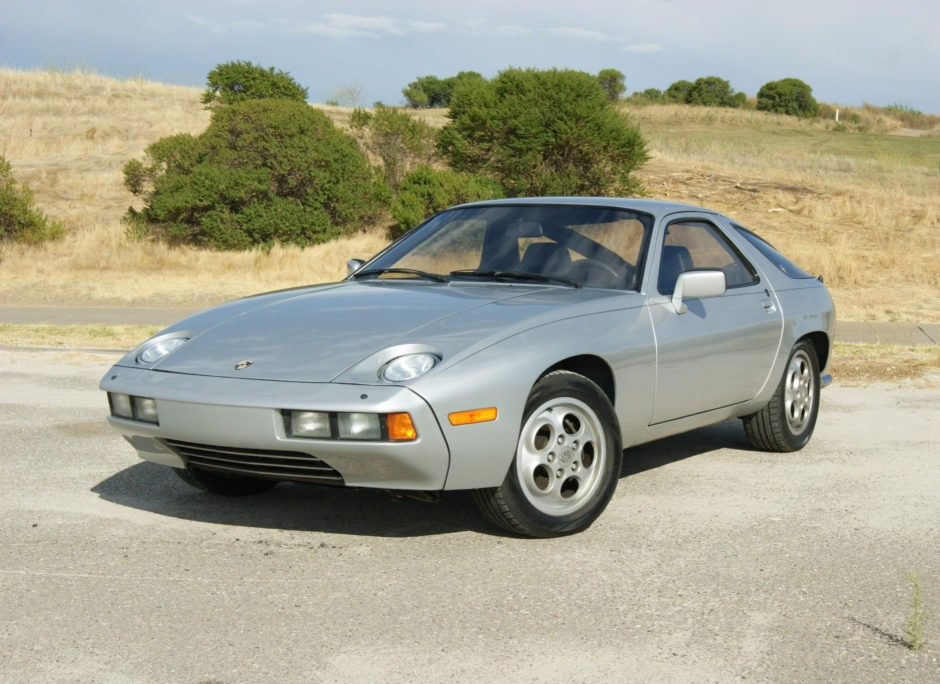 The 928: Porsche's V8 muscle car - Shannons Club