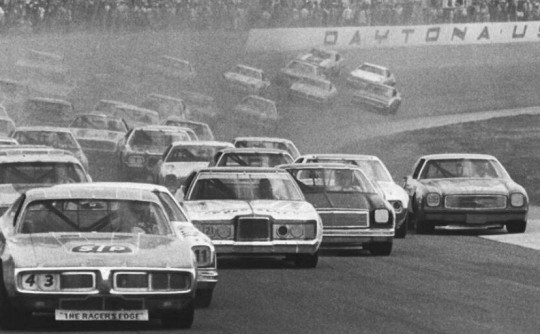 NASCAR 1970s style: best darn see-dan racin' in the world!