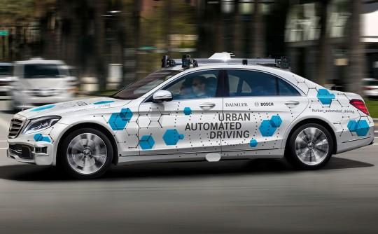 "R&D boss admits Mercedes-Benz ""underestimated"" driverless car challenge"