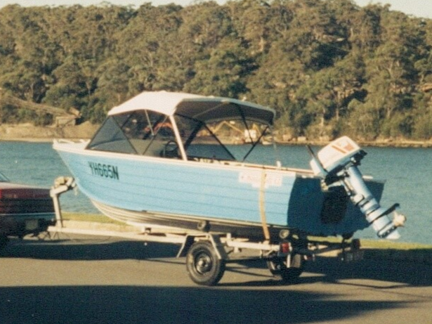 1990 Aluminium Hull Manta Craft