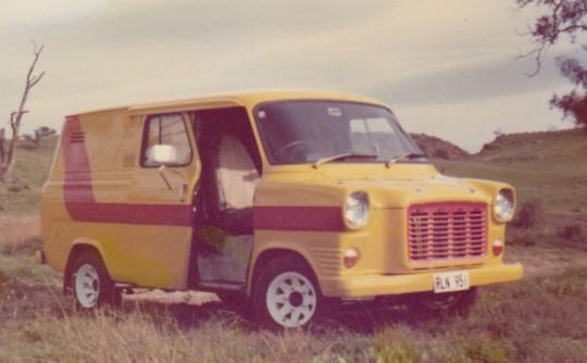 1967 Ford TRANSIT (LWB)