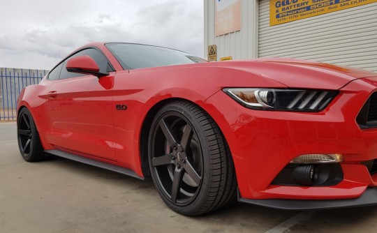 "New Mustang kitted out with offset 20"" Speedy Hammers"