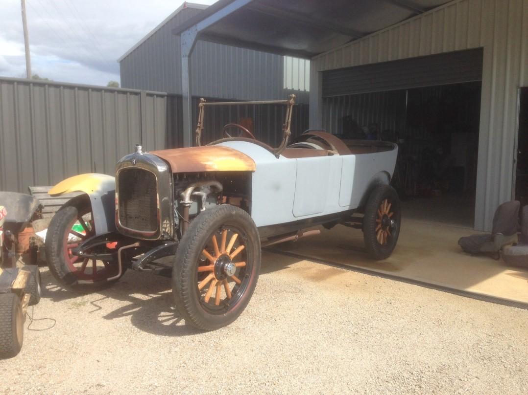 1922 Hupmobile R