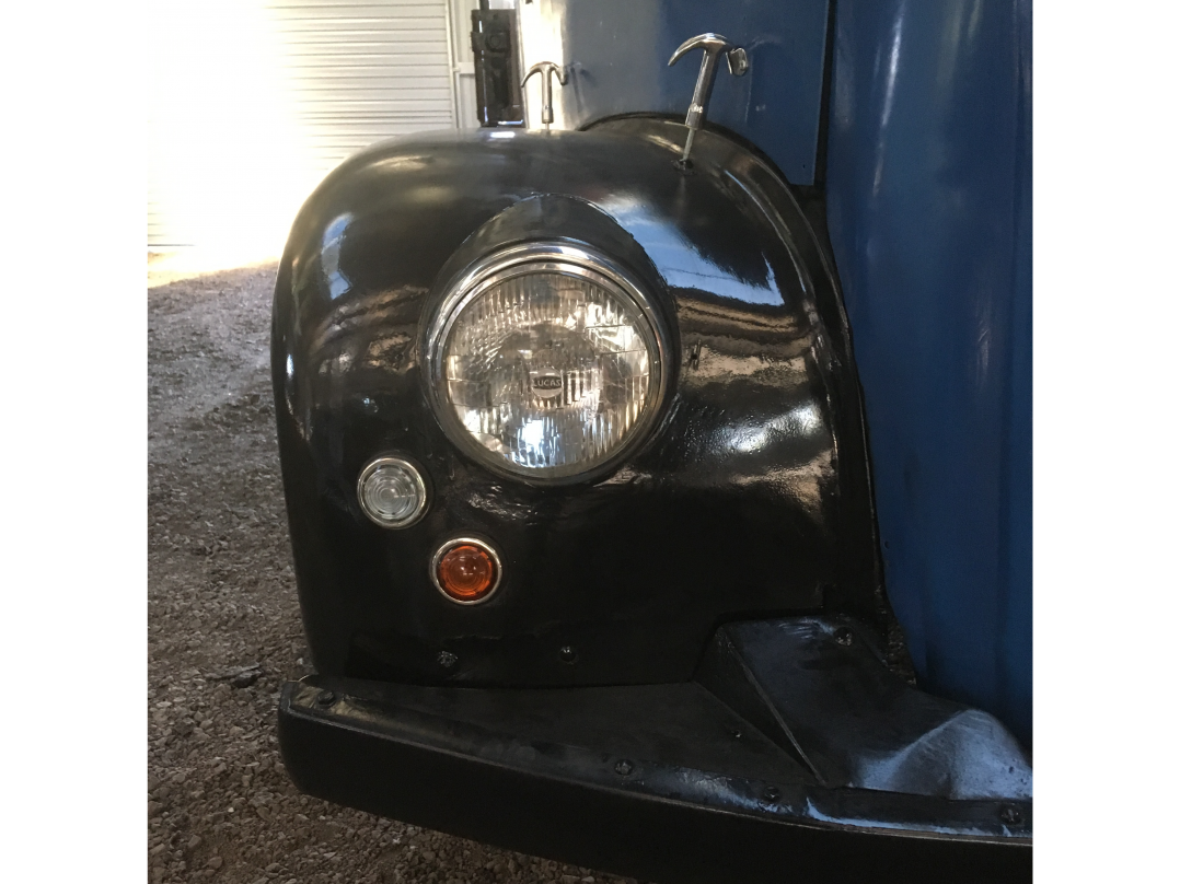 1955 Morris Commercial LC5 Tray back with stock crate
