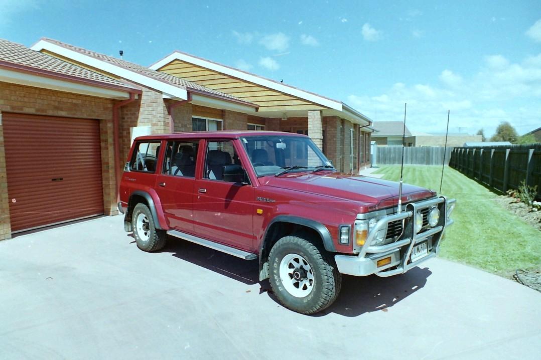 1994 Nissan PATROL (4x4)