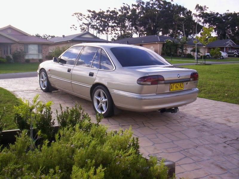 1994 Holden VR Berlina