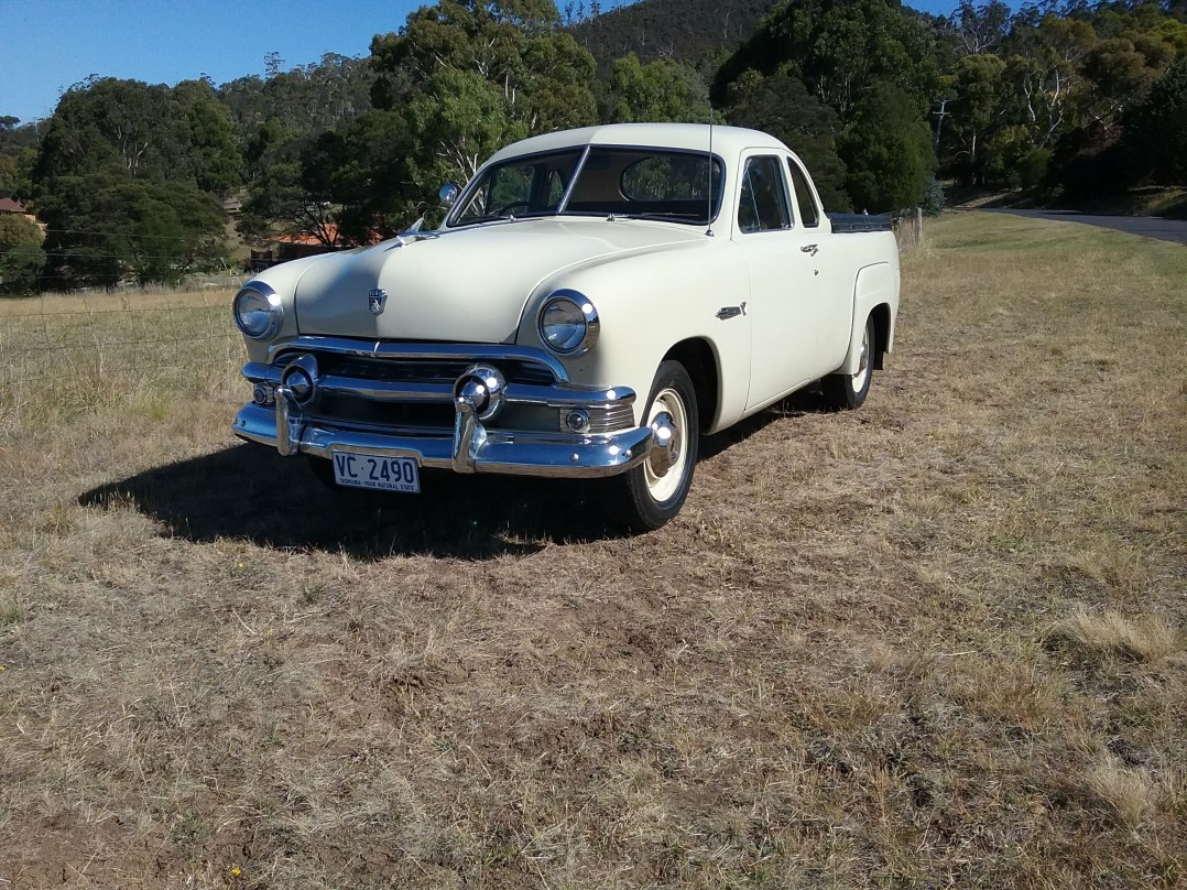 1951 Ford deluxe coupe ute