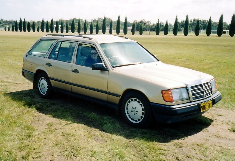 1986 Mercedes-Benz 230TE