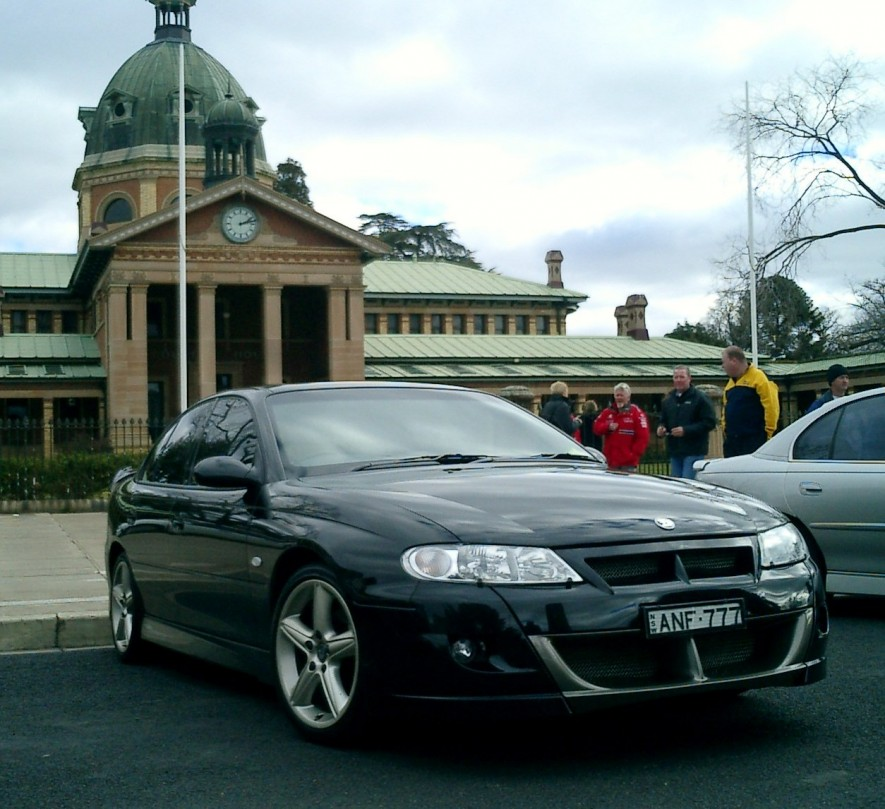 2001 Holden Special Vehicles HSV Clubsport