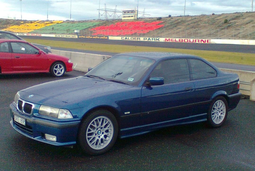 1999 BMW 318is SPORT