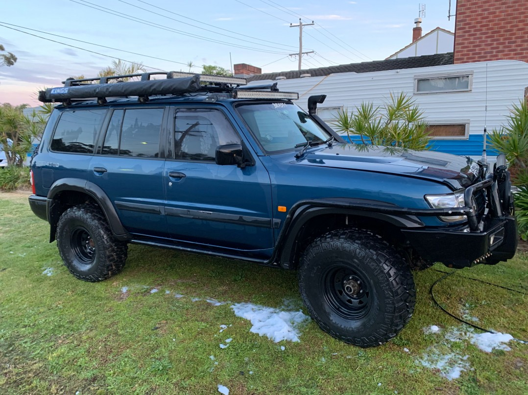 2000 Nissan Gu Patrol