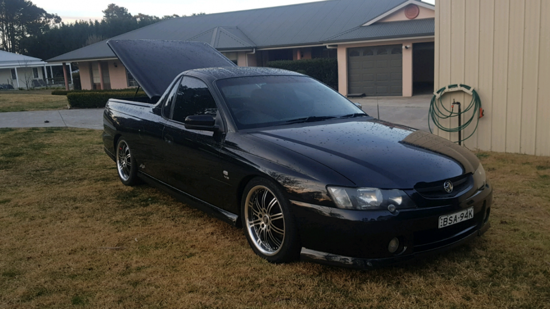 2003 Holden COMMODORE SS