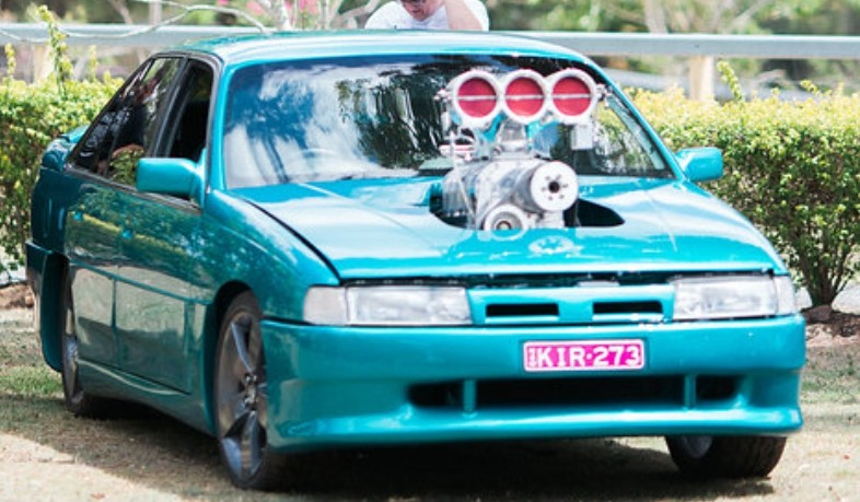 1989 Holden Dealer Team Aero