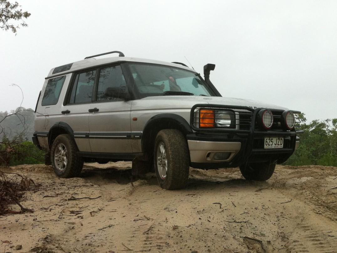 2001 Land Rover DISCOVERY ES V8 (4x4)