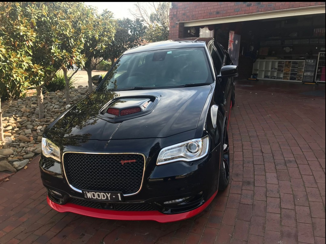 2016 Chrysler 300 C SRT