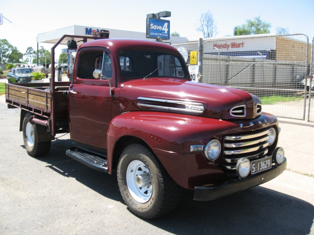 1949 Ford F250